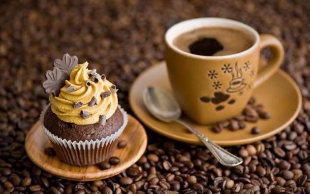 turk-kahvesi-telvesi-ile-gobek-eritme-2