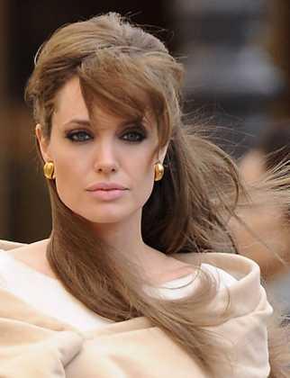 Angelina Jolie Karamel Saç Rengi