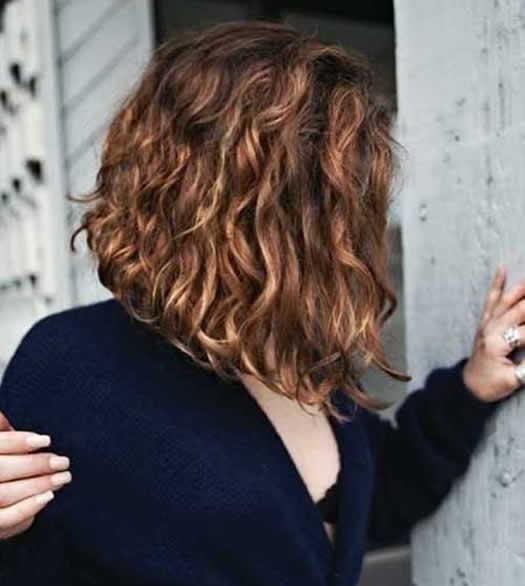 Kumral Kısa Saç Modeli