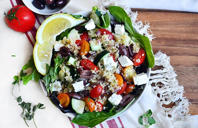 Elma Sirkeli Salatalar