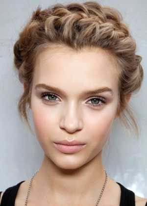 Kısa Saç Örgü Modelleri
