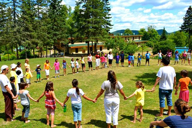 Çocuklar için Doğa Temalı Yaz Kampları