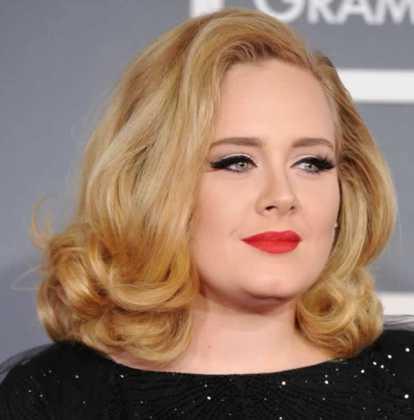 Adele - Yuvarlak yüze giden saç modelleri