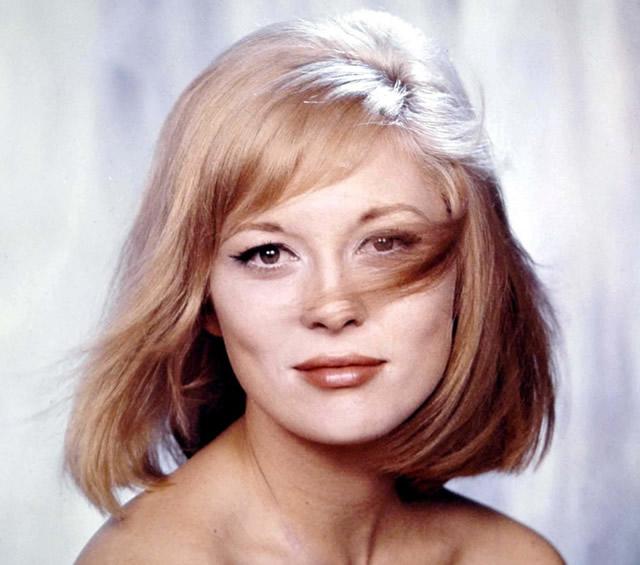 Faye Dunaway Sarı Saç Rengi