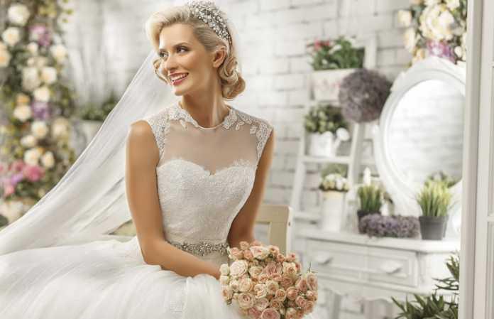 Günün her saatine uygun düğün makyajı önerileri!