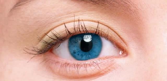 Çalışırken Göz Sağlığını Korumanın 8 Yolu