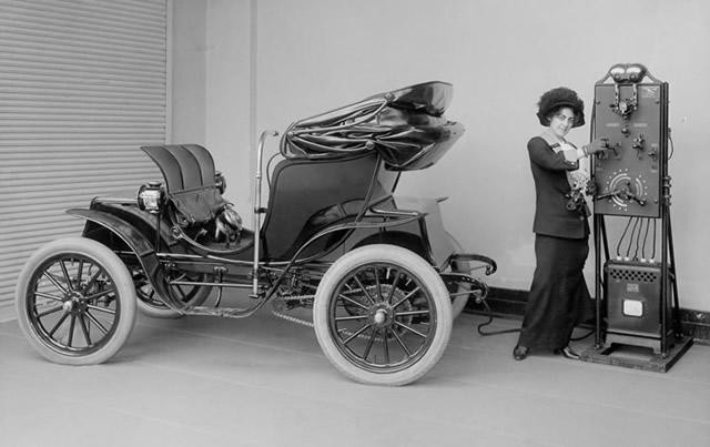 İlk Elektrikli Araçlar