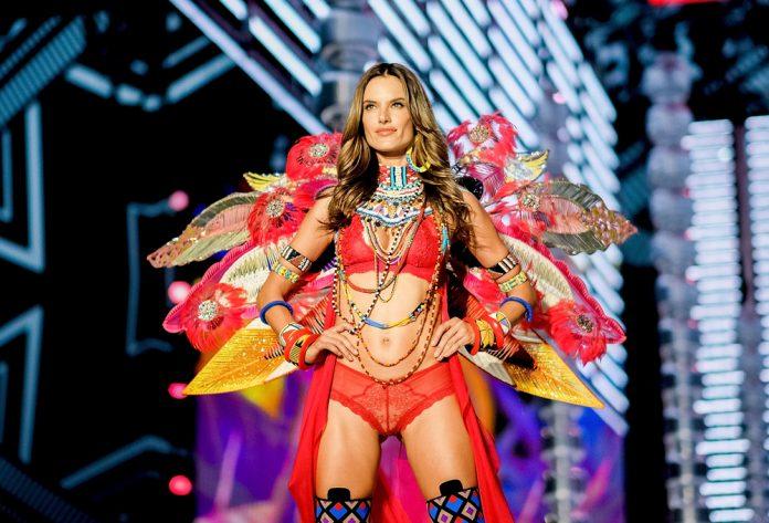 2017 Yılının Çok Konuşulan Moda Olayları