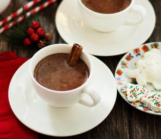 Evde Zencefilli Sıcak Çikolata