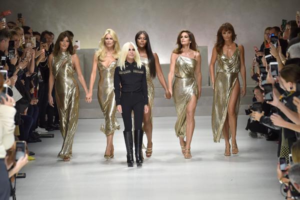 Versace Defile Finali