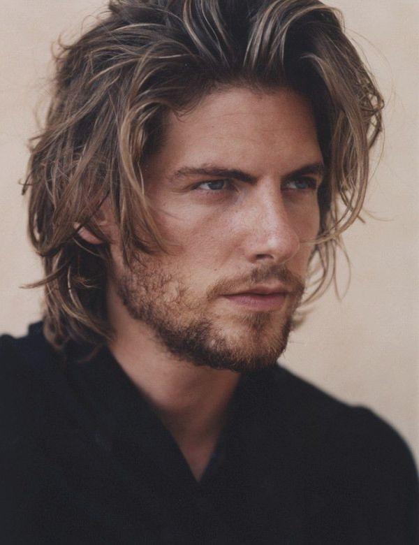 Uzun Dağınık Erkek Saç Modelleri