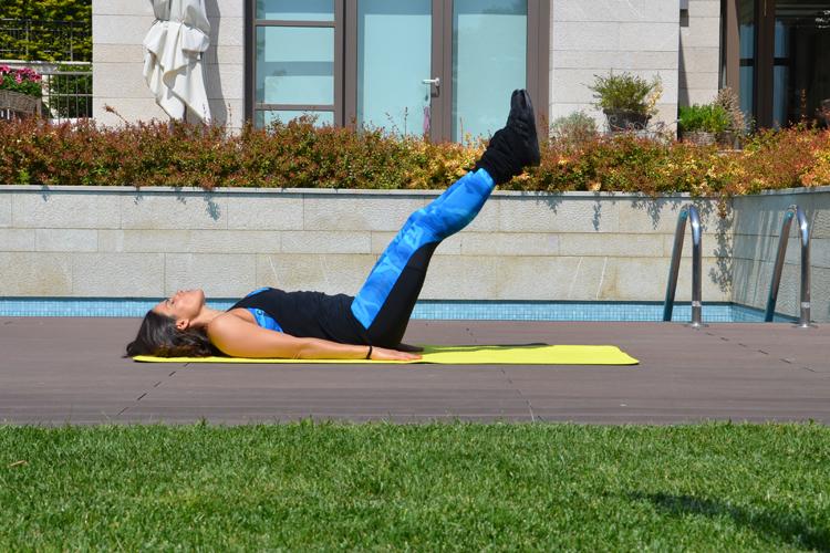 Alt Karın Egzersizi - Göbek Eritme Egzersizleri