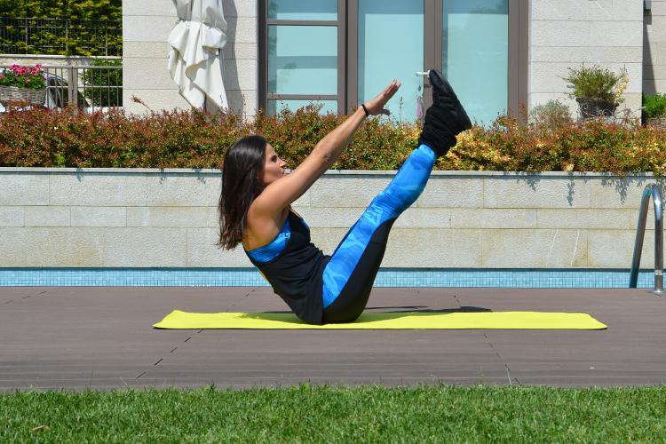 V Karın Egzersizi - Göbek Eritme Egzersizleri